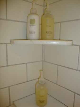 Woodstock Inn and Resort: good scent shampoo and conditioner