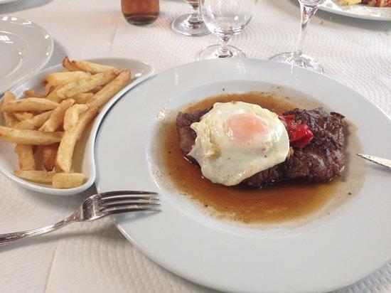 Restaurante da Associacao Agricola de São Miguel: 1/2 Bife à Associação