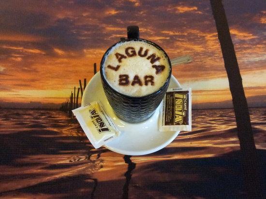 Laguna Bar: caffelatte