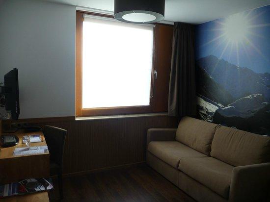 Hotel SnowWorld Landgraaf: Lounge area