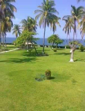 Posada Real Puerto Escondido: Vista desde mi habitación hacia el mar