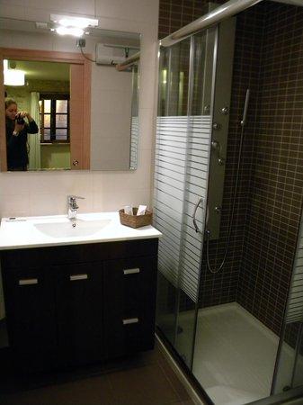 Domus Stellae: The Bathroom