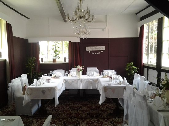 The Woolpack Elstead: Our wedding 01/06/13