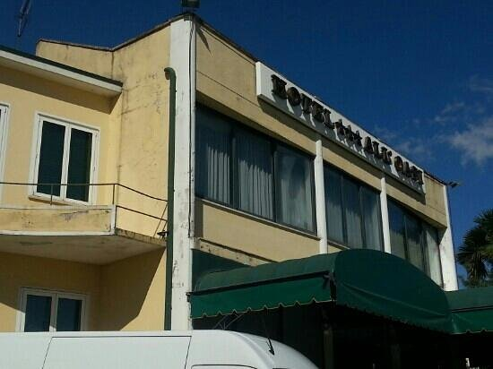 Hotel All'Oasi: the poor face of the hotel