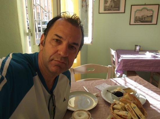 """Albergo Ristorante """"I Cherubini"""" : coffee break de la mattina"""
