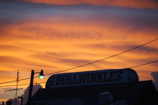 Bullwinkle's Saloon and Eatery: da fuori