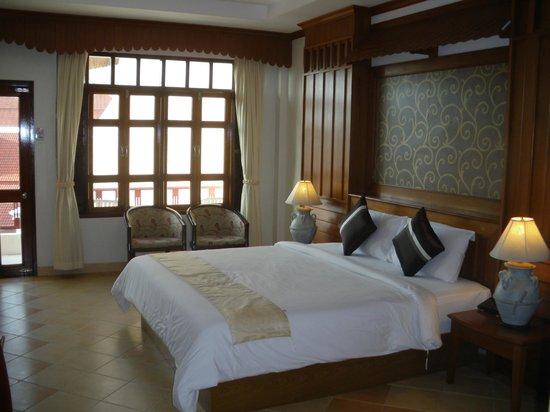 Tony Resort : la chambre avec terrasse