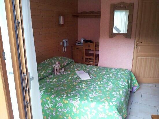 """Hotel La Maison d'Hotes: le lit électrique de la chambre """"les mésanges"""""""