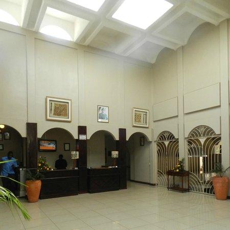 Rainbow Hotel Victoria Falls: lobby