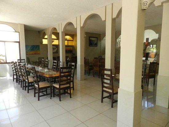 Rainbow Hotel Victoria Falls: restaurant