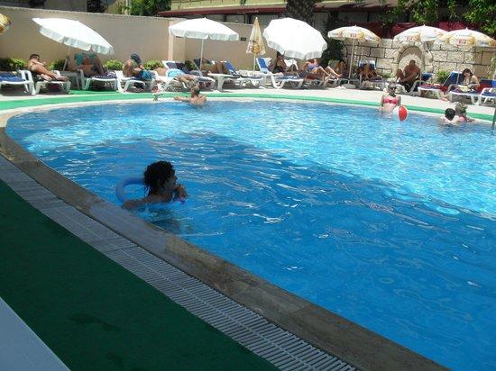 Asli Hotel: Enjoyment :)