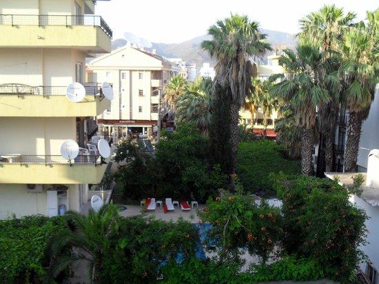 Asli Hotel: View from balcony