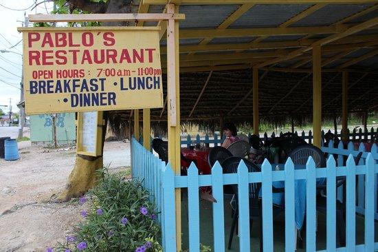 Samsara Cliffs Resort: Restaurant across the street