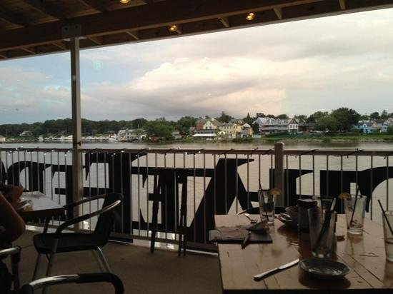 Schaefer's Canal House: Cheasapeake city from the dining area
