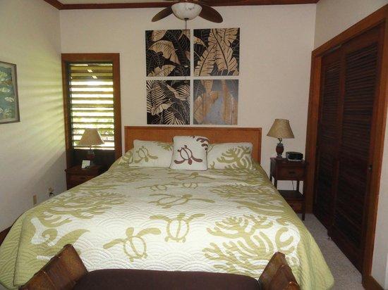 Kiahuna Plantation Resort: Bedroom