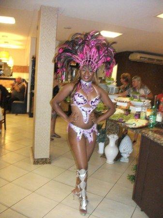 HM  Hotel: Show en la cena