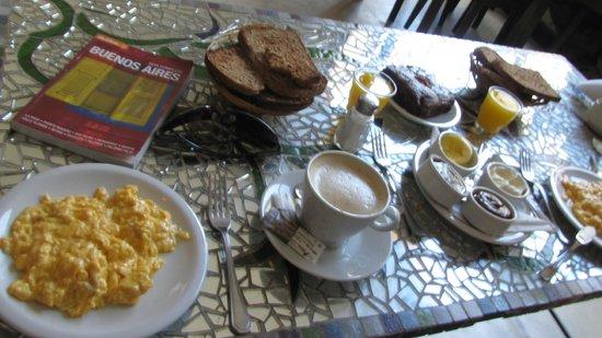 Salta la Llama: Café da manhã