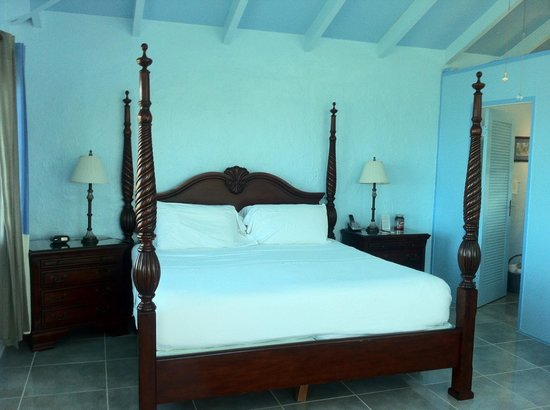 Carringtons Inn St. Croix: Morning Glory room...so pretty!