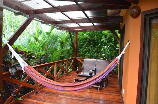 Nayara Resort Spa & Gardens: Porch