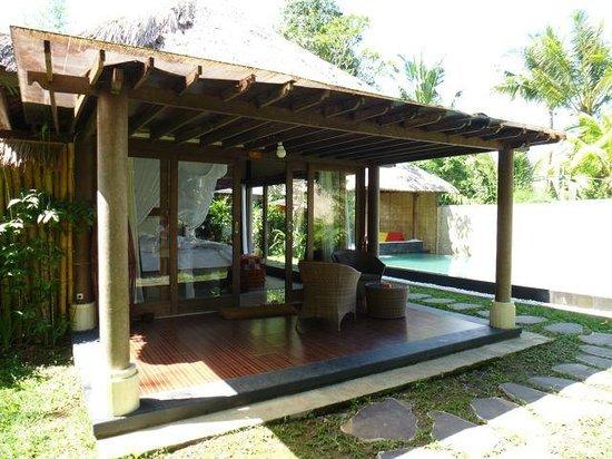 Villa Nirvana Bali: Patio