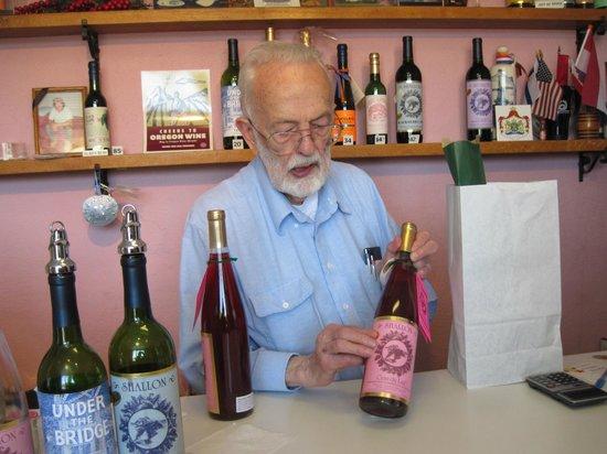 Shallon Winery : winemaker