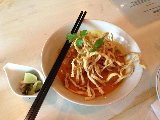 Sabai Sabai Kitchen and Bar: khao Soi (egg noodles in coconut curry sauce)