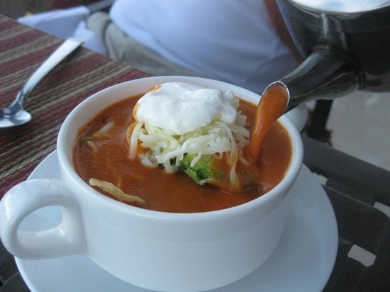 Los Olivos Restaurant at La Mision: They actually assembled the tortilla soup at the table!