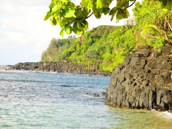 Pali Ke Kua Beach (Hideaway s Beach): beach