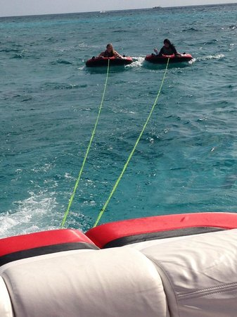 Wakeboard Cayman: Tubes