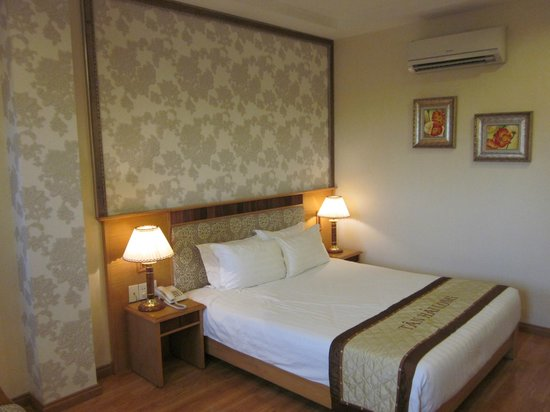 Silverland Central Hotel: room 801