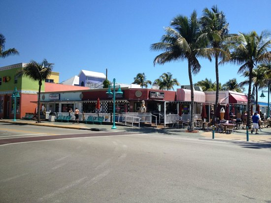 Citrola S Italian Grill At Fort Myers Beach Located In Times Square Near Ft