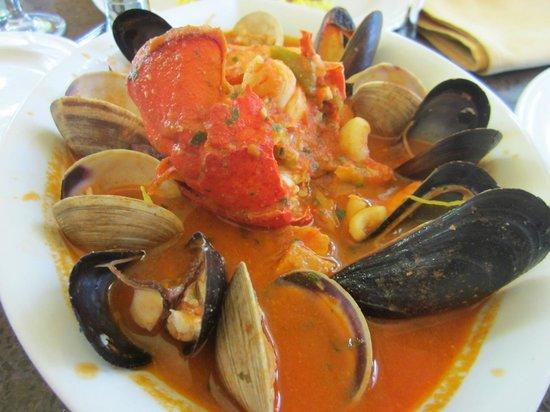 Gennaro's Grill & Garden: cioppino