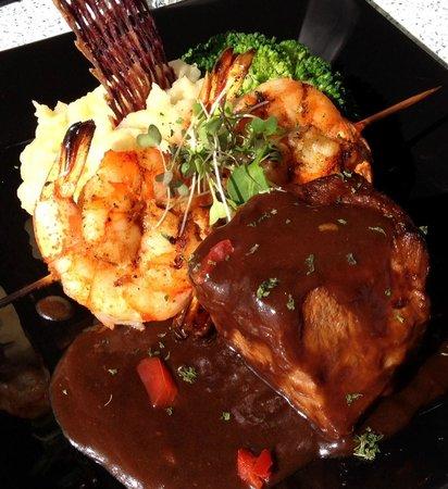 Lahaina fish co menu prices restaurant reviews for Prime fish menu