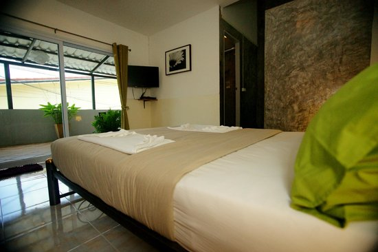 Cafe Del Sol Guesthouse: room