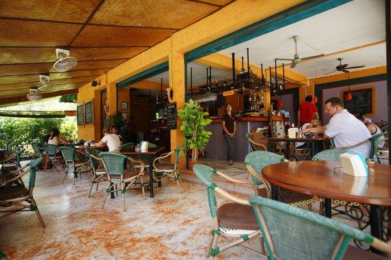 Cafe Del Sol Guesthouse: restaurant