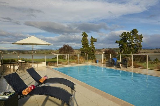 Almyra Waterfront Lodge : solar heated pool