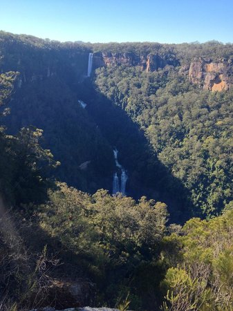 Bundanoon Lodge: Fitzroy Falls from the end on the West Rim walk