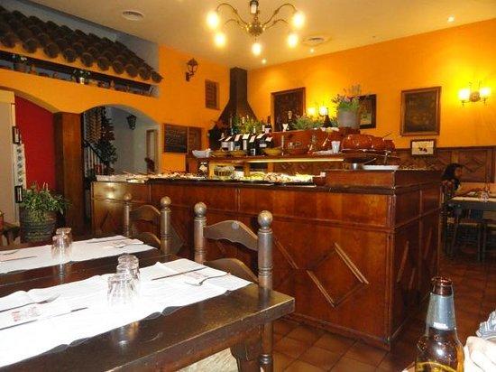 El Tiberi bufet gastronomía tradicional catalana: La zona dónde hay la comida