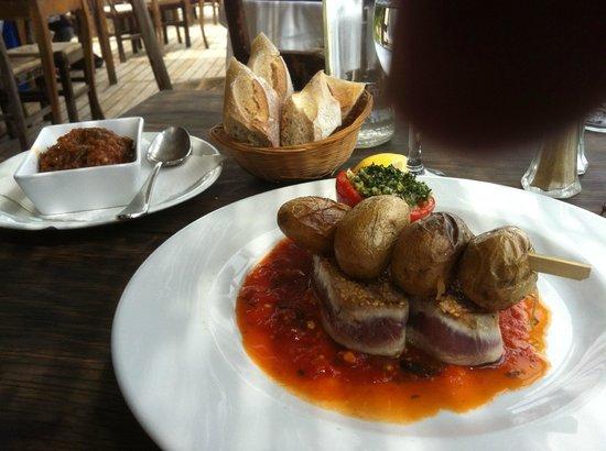 Le Migon : filet  de thon graine de sésame (un super régale !!!)