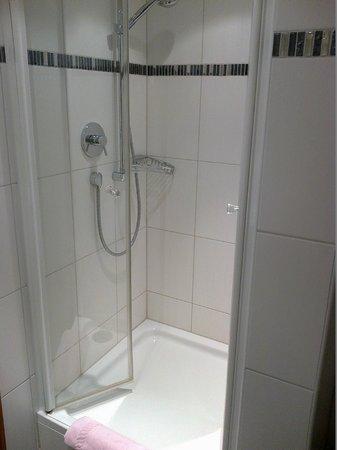 Hotel Alpspitz: doccia
