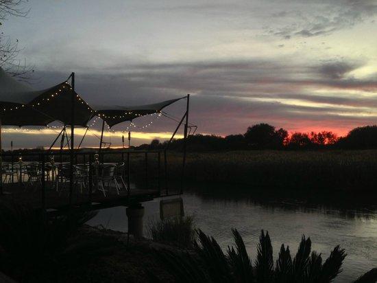 Oranjerus Resort: Sunset at Oranjerus