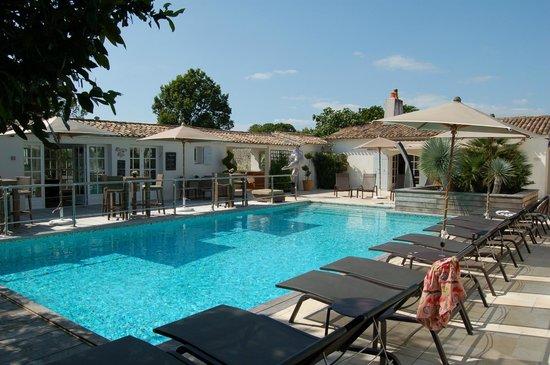 main pool picture of le clos saint martin hotel spa saint martin de re tripadvisor. Black Bedroom Furniture Sets. Home Design Ideas