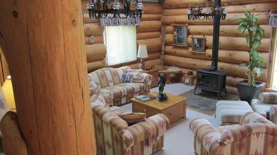 The Log House Inn: Chambre suite avec salon