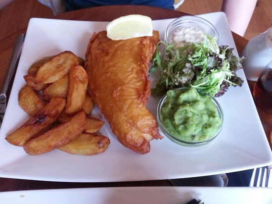 The Forge: Fish, minted peas and chips 03/07/13