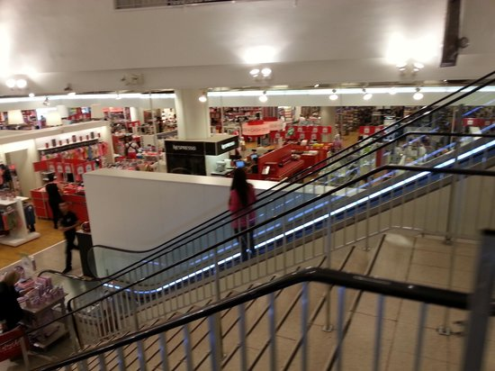 Grands magasins galeries lafayette bron restaurant avis num ro de t l phone photos - Galeries lafayette bron horaires ...