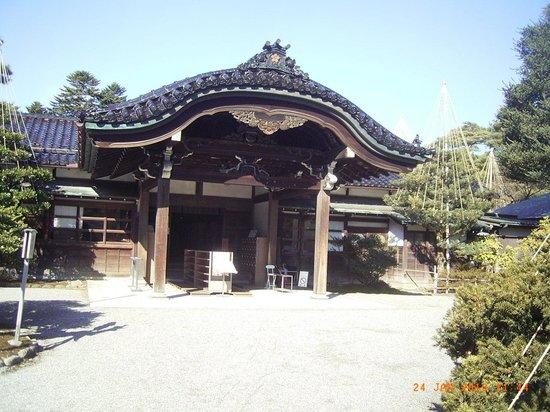 Seisonkaku Villa : 玄関です。