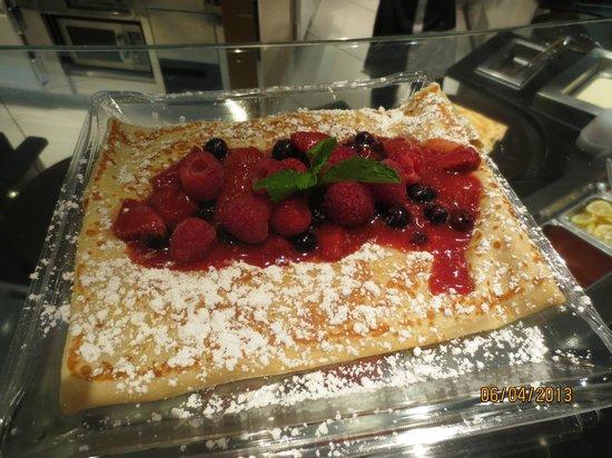 mixed berries crepe - Picture of Jean Philippe Patisserie - Aria Resort, Las Vegas - Tripadvisor