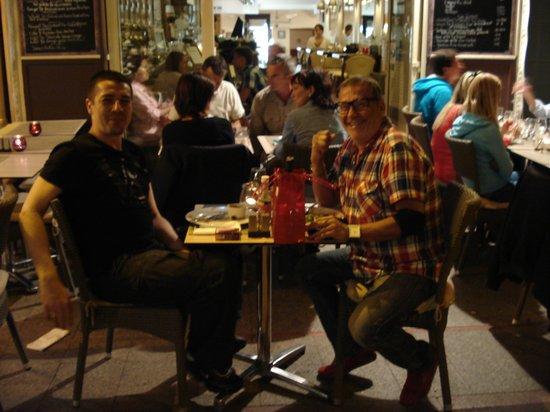 Pause Cafe: un vendredi soir très sympa