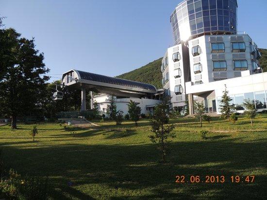 Dajti Tower Belvedere Hotel: Car car upper station & Belvedere hotel, Tirana, Albania