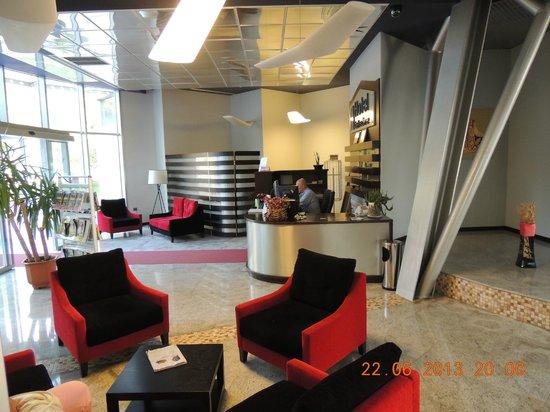 Dajti Tower Belvedere Hotel: Lobby, Belvedere hotel, Tirana, Albania